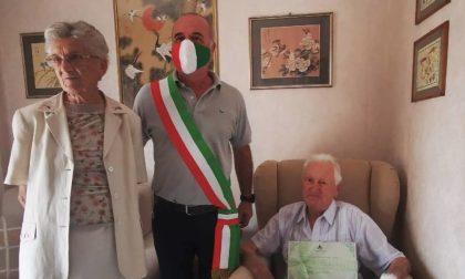 Cavaglià festeggia i 100 anni di Mario Garzone