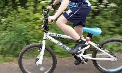 Candelo, uomo tenta avances a un ragazzino in bicicletta