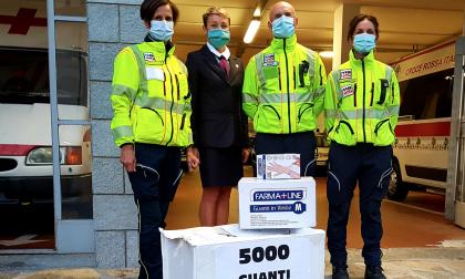 I sommelier, albergatori e ristoratori donano 5mila guanti al 118