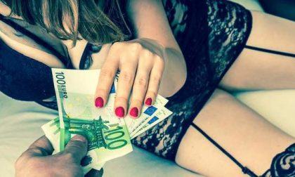 Finge di amarla ma la fa prostituire. Sotto inchiesta un 55enne di Biella
