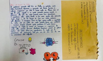 """La lettera degli studenti che commuove medici e infermieri: """"Siete per noi dei veri eroi"""""""