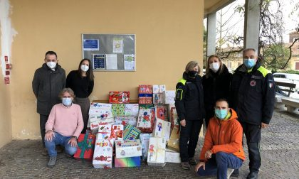 I regali di Natale ai ragazzi della Domus Laetitiae li fanno i bimbi di Quaregna