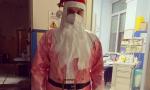 """Infermiere biellese in corsia da Babbo Natale: """"Anche il sorriso è contagioso"""""""