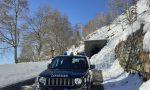 Cumulo di neve scivola sulla Panoramica Zegna: traffico alternato