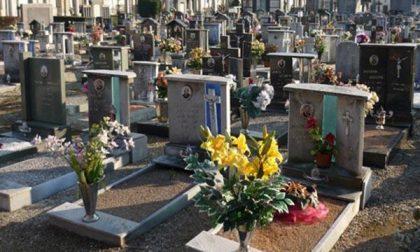 Sepolto a 40 giorni dalla morte il 52enne Marcello Fredo Calabria