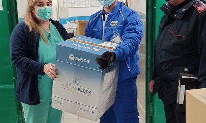 """Poste, ecco le foto della consegna al Piemonte del vaccino """"Moderna"""""""