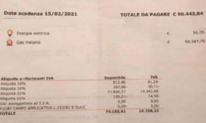Bolletta shock a un pensionato: 90mila euro di gas