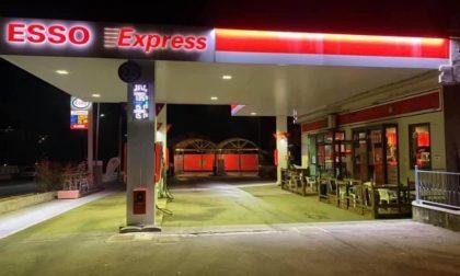 Occhieppo, la stazione di servizio Esso riprende la distribuzione di carburante. Ecco da quando e i dettagli