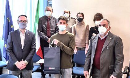 Lo studente dell'Itis Gabriele Zerbola vince concorso della Regione. Ecco la premiazione