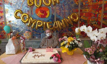 Ecco i 100 anni di nonna Antonina. Auguri!