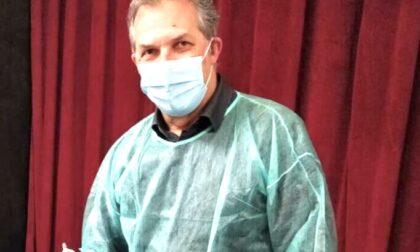 Direttore sanitario prende lo zaino e va a vaccinare i cittadini in alta Valsesia