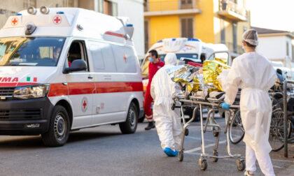 Schianto auto-moto, centauro in ospedale con diverse fratture