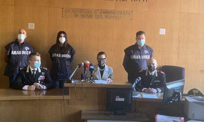 """Caso """"furbetti del vaccino"""", Codacons presenta esposto in Procura"""