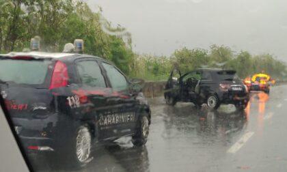 Doppio incidente in superstrada per la pioggia, traffico congestionato
