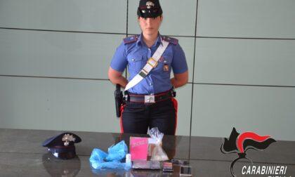 Arrestata donna spacciatrice. Aveva cocaina per 200 dosi