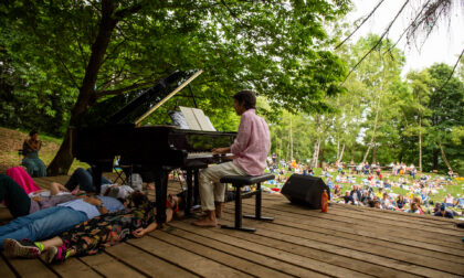 Ecco le foto del concerto nel bosco di Emiliano Toso. Domenica la replica