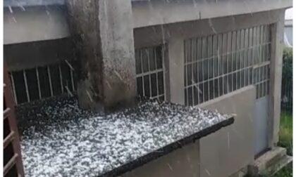 Ecco i video della violenta grandinata di oggi alle porte di Biella