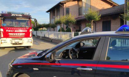 Incendio in una villetta di Quaregna Cerreto: edificio inagibile