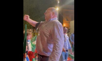 Ecco il video di Corradino che canta a squarciagola l'inno di Mameli