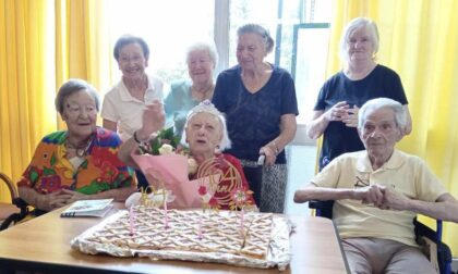Viverone, nonna Maria batte il Covid-19 e compie 104 anni