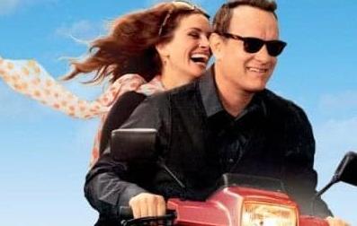 """Tom Hanks e Julia Roberts """"Sotto le stelle"""" di Biella domani sera. Cinema gratis nel Chiostro"""