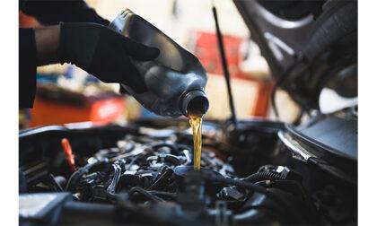 Quando e come controllare e cambiare l'olio del cambio e il filtro