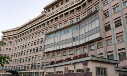 Cavaglià: bimbo di 3 anni precipita dal balcone