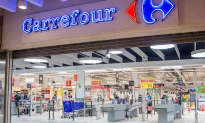 Dipendenti Carrefour in stato di agitazione per esuberi e chiusure